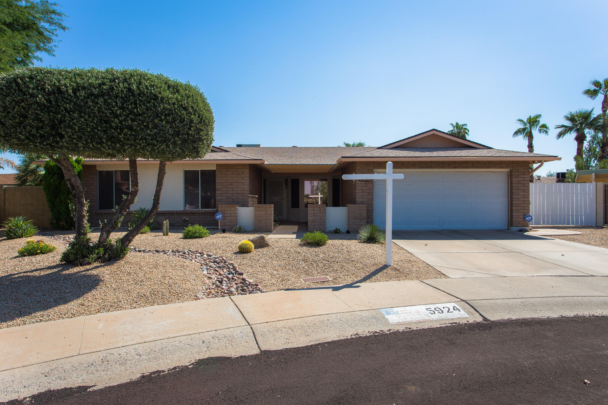 Claire Ownby Phoenix Arizona Area: Featured Listing: 5924 E Claire Drive Scottsdale, AZ 85254