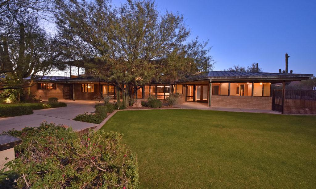 RECENTLY SOLD - 8550 E Bronco  Trail Scottsdale, AZ 85255
