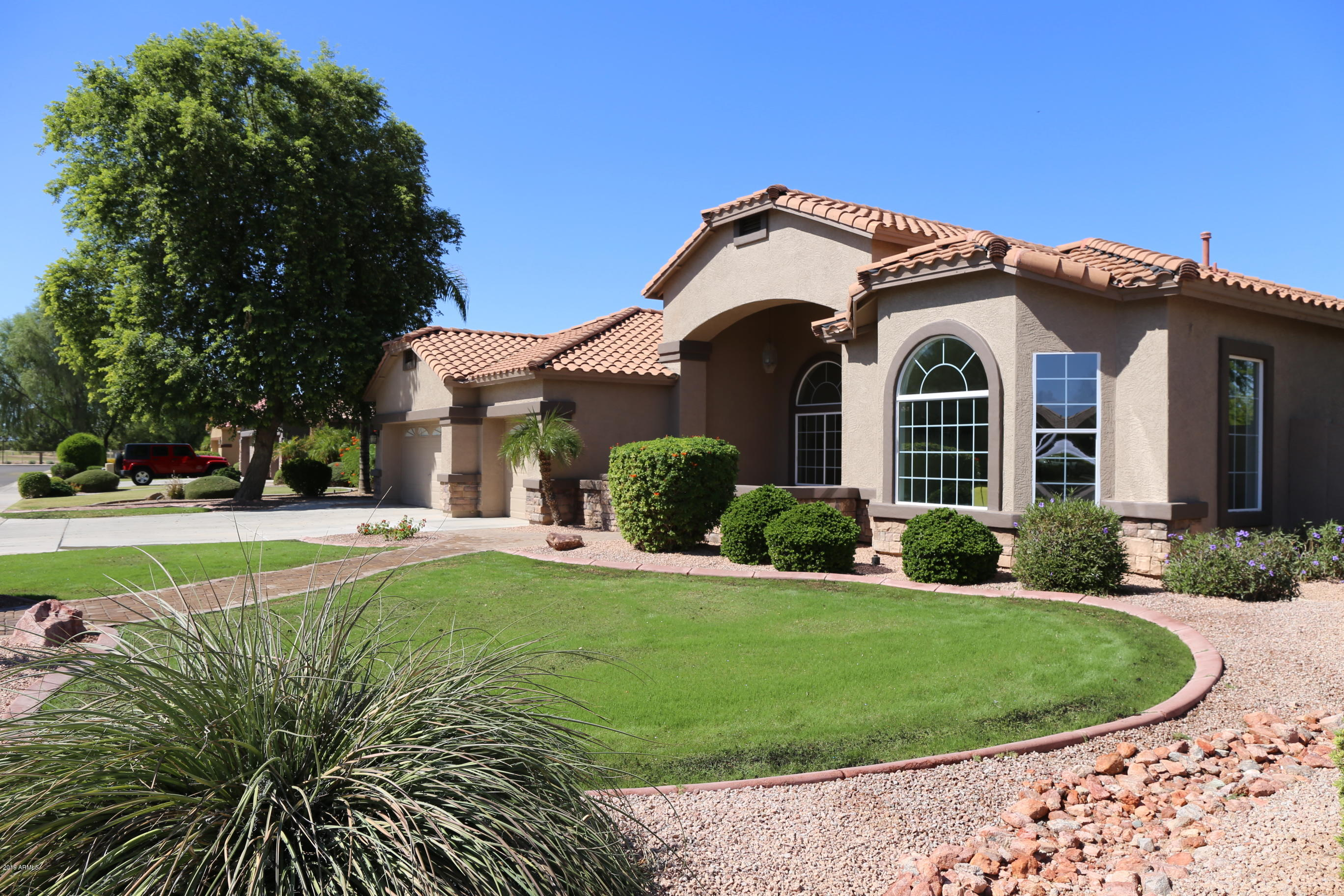 872 E Birchwood Place  Chandler 85249
